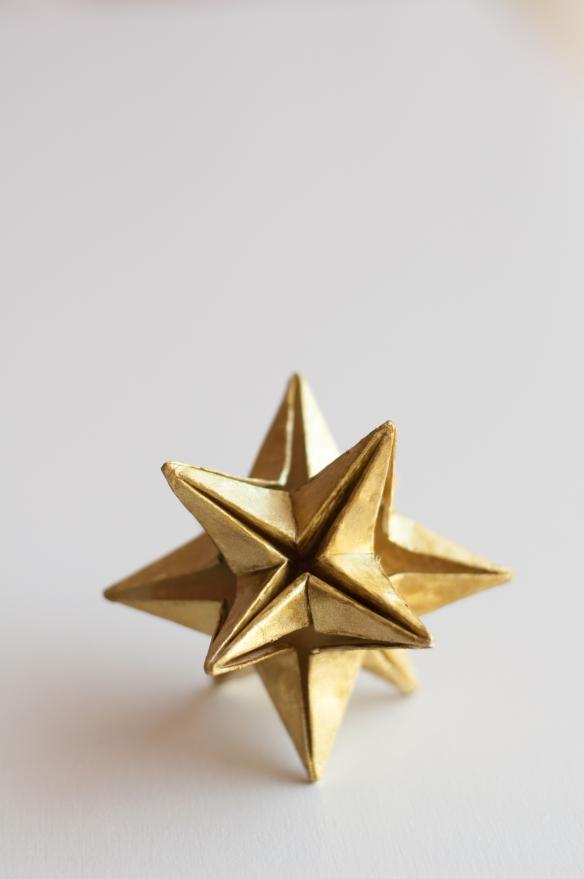 Estrella omega origami